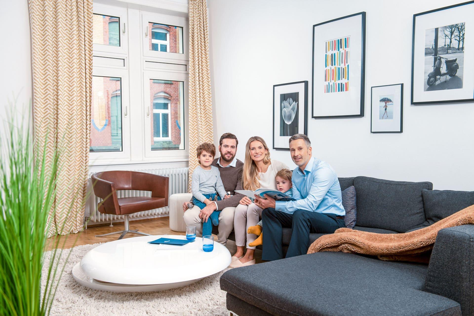 """Interview mit Tim Hybl von Hüttig & Rompf """"Mit dem Baukindergeld können Familien Tausende Euro sparen"""""""